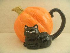 Cute Black Cat Pumpkin Teapot Vase