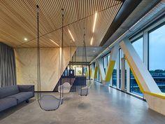 Gallery of Innovation Center 2.0 / SCOPE Architekten - 12