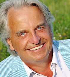 Clemens Kuby  Aktuelle Veranstaltungstermine gibt es hier: http://www.frankfurter-ring.de/referenten.html