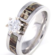 Yes please!!! Camo engagement ring!!! I love it!!!