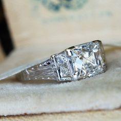 Vintage Engagement Rings | Antique Diamond Rings | EraGem Vintage Style Rings, Wedding Rings Vintage, Vintage Jewelry, Antique Jewellery, Deco Engagement Ring, Antique Engagement Rings, Diamond Engagement Rings, Antique Diamond Rings, Diamond Jewelry