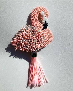 Автор @yarko_jewelry   〰〰〰〰〰〰〰〰〰〰〰〰〰〰 По всем вопросам обращайтесь к авторам изделий!!!  #ручнаяработа #брошьизбисера #брошьручнойработы #вышивкабисером #мастер #бисер #handmade_prostor #handmadejewelry #brooch #beads #crystal #embroidery #swarovskicrystals #swarovski #купитьброшь #украшенияручнойработы #handmade #handemroidery #брошь #кольеручнойработы #кольеизбисера #браслеты #браслетручнойработы #сутажныеукрашения #сутаж #шибори #полимернаяглина #украшенияизполимернойглины