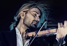 Москву с концертом посетил гениальный скрипач Дэвид Гарретт http://muzgazeta.com/classic/201548291/moskvu-s-koncertom-posetil-genialnyj-skripach-devid-garrett.html