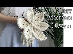 DIY Macrame Flower For Wedding / 마크라메 꽃 - diy wedding Macrame Bag, Macrame Knots, Micro Macrame, Macrame Modern, Macrame Cord, Macrame Tutorial, Flower Tutorial, Bracelet Tutorial, Diy Tutorial