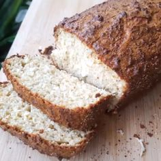 """The bake at Avid Baker's Challenge (ABC) for this month is Honey Oatmeal Bread, taken from """"The Weekend Baker"""" by Abigail Johnson Dodge. Low Carb Diet Menu, Low Carb Keto, Tortas Low Carb, Cetogenic Diet, 200 Calorie Meals, Oatmeal Bread, Dieta Low, Our Daily Bread, Low Carb Bread"""