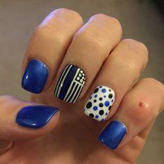 Thin blue line flag nails Line Nail Designs, Pedicure Designs, Cool Nail Designs, Line Nail Art, Gel Nail Art, Acrylic Nails, Iris Nails, Black And Blue Nails, Country Nails