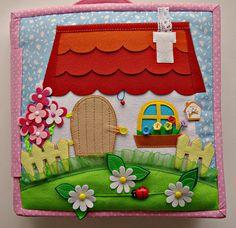 Make a paper doll or fairy house. Diy Quiet Books, Baby Quiet Book, Felt Quiet Books, Quiet Book Templates, Quiet Book Patterns, Felt Patterns, Felt Doll House, Silent Book, Fidget Quilt