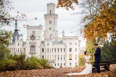 Свадебна осенняя фотосессия замок Глубока над Влтавой Hluboka nad Vltavou Praha Prague wedding