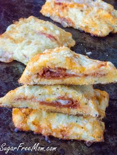Low Carb Grain Free Nut Free Pizza Pockets, allergy friendly!- sugarfreemom.com