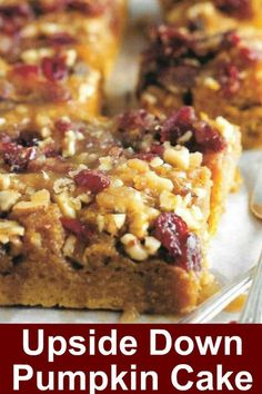 Upside Down Pumpkin Cake. This dessert recipe will be the best pumpkin cake you ever baked. Ingredients complimented with walnuts, cranberries and pumpkin puree. Best Thanksgiving Recipes, Thanksgiving Cakes, Holiday Recipes, Christmas Recipes, Food Cakes, Cupcake Cakes, Cupcakes, Pumpkin Upside Down Cake, Pumpkin Recipes