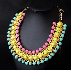WHOLESALE GRACEFUL RAINBOW JEWELRY ACCESSORIES FLOWER RESIN FASHION COLLAR STATEMENT PENDANT PARTY NECKLACE