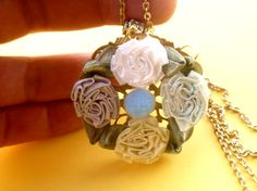 NECKLACE FLOWER BOHEMIEN pompom gold baroque bucolic di #sissihand
