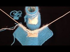 Easy Blue Baby Booties Making - Babykleidung Baby Booties Knitting Pattern, Knitted Booties, Crochet Baby Booties, Baby Knitting Patterns, Hand Knitting, Crochet Patterns, Tunisian Crochet, Knit Crochet, Crochet Hats