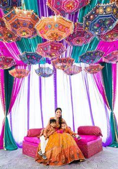 5 Pc Lot Decorative Indian Embroidered Cotton Umbrella Ethnic Vintage Sun Protected Parasol Bohemian Wedding Decoration - New Site Desi Wedding Decor, Bohemian Wedding Decorations, Wedding Mandap, Wedding Receptions, Wedding Ideas, Wedding Themes, Punjabi Wedding Decor, Wedding Table, Indian Wedding Theme