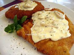Σνίτσελ με μανιτάρια κρέμα γάλακτος & κονιάκ υλικά για τα σνίτσελ 1 1/2 κιλό σνίτσελ χοιρινά 3 κουταλιές μουστάρδα αλατι πιπέρι υλικά για το πανάρισμα σπορέλαιο για το τηγάνι 3 αυγα 1 κρέμα γάλακτος 2 κούπες τριμμένη φρυγανιά 2 κούπες αλεύρι αλατι πιπέρι Μανιτάρια με κονιάκ και κρέμα γάλακτος υλικά 1/2 κιλό μανιτάρια φρέσκα η' … Mashed Potatoes, Pork, Food And Drink, Cooking Recipes, Eggs, Favorite Recipes, Chicken, Breakfast, Ethnic Recipes