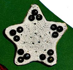 Link to download vintage Star Ornament crochet Pattern