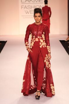 "Model walking on the ramp for Pallavi Singhee's label ""Verb"" at the Lakme Fashion Week 2014"