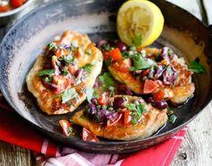 Chicken Escalope with Tomato-Olive-Caper Sauce  #chicken #tomato #olive #caper #sauce #meatlover #tuzubiberi