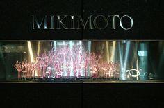 http://www.japandesign.ne.jp/showwindow/mikimoto/1302.html