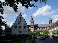 Amorbach, Café Schlossmühle, Abteikirche und Schloss der Fürsten von Leiningen (Café Schlossmühle, Abbey Church and Palace of the Leiningen Princes)