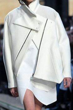 White jacket with graphic lines & asymmetric cut; fashion details // Proenza Schouler