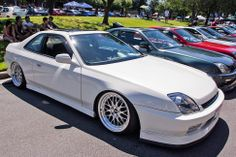 Honda Prelude: White on white. As clean as it gets