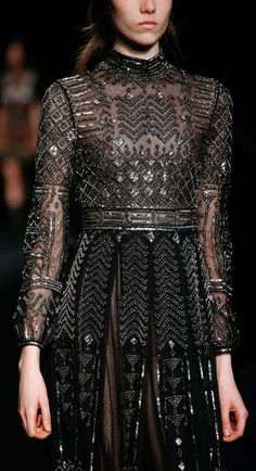 Valentino - Fall 2015 Ready-to-Wear