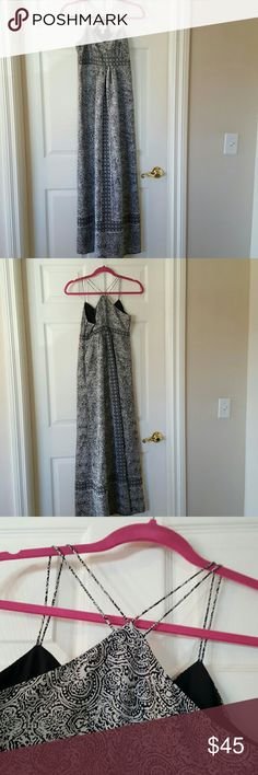 SUNDAY SALE 💜🎉🎉💜Pretty maxi dress Pretty off-white and black light weight maxi dress. Strappy racerback and side zipper for closure. Worn once. Like new condition! Loft  Dresses Maxi