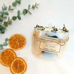久々なボタニカルはオレンジとユーカリでシンプルに作ってみました♬ size/85✕60  #chubby_round #handmade#natural#materials #aroma#candle#soywaxcandles #essentialoil#botanical #flower#herb#dryflower #present#gift#minne #ボタニカル#アロマ#キャンドル #ソイワックス#空気清浄 #自然素材#ハンドメイド #インテリア#プレゼント#ギフト #オレンジ