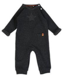Stijlvol eendelig babypak voor jongens in dark grey melee uit de collectielij...