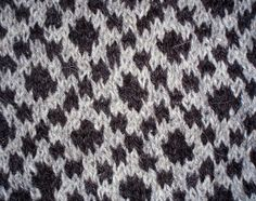 Traditional Faroese Pattern by purkil, via Flickr