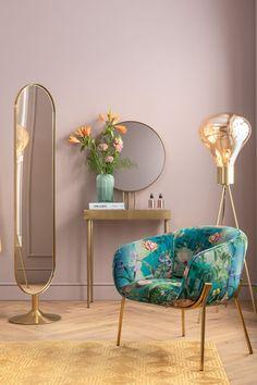 €649 | Paradise fauteuil, trendy fauteuil uit de eigenzinnige collectie van Kare Design. De stijlvolle woonaccessoires en meubels van dit unieke merk zijn echte eyecatchers en geven uw interieur extra karakter! Afmeting: (hxbxd) 73x76x69 cm. Art Deco, Kare Design, Elegant, Oversized Mirror, Pear, Accent Chairs, Paradise, Wallpaper, Furniture