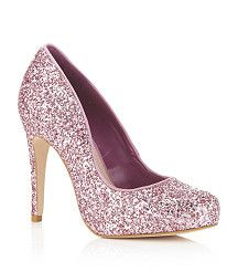 Why am I attracted to this shoe?! prob cause its sparkly lol
