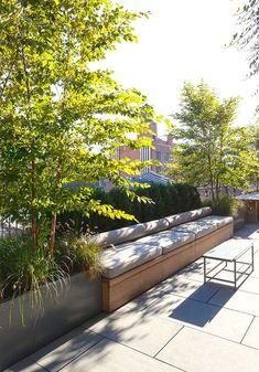 Fantastisches modernes Penthouse-Design in Chelsea, New York - Terrasse - Rooftop Terrace Design, Terrace Garden, Outdoor Rooms, Outdoor Gardens, Outdoor Living, Roof Gardens, Penthouse Garden, Decks, Backyard