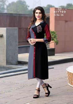 Description: It has 1 Piece of Kurti Fabric: Rayon Size; Bust (In Inches): Length: 45 In. Sleeves: Sleeve Type: Stitched Work: Solid With Printed Salwar Neck Designs, Kurta Neck Design, Dress Neck Designs, Kurta Designs, Blouse Designs, Kurti Sleeves Design, Sleeves Designs For Dresses, Indian Formal Wear, Modele Hijab