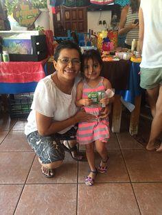 Una cliente pequeña, aprendiendo a consumir local