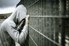 Queer youth in the United States face alarmingly high rates of incarceration compared to their heterosexual peers. And once within the system theyre often the victims of sexual assault violence and other abuses School Psychology, Psychology Facts, Image Jesus, Touching Stories, Criminal Justice System, Public School, High School, Mental Health, Crime