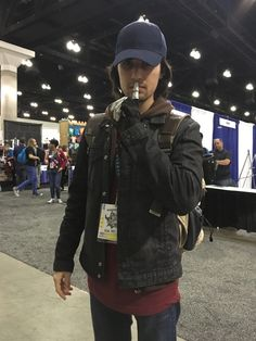 bucky cap cosplay - This guy is awesome! Winter Soldier Cosplay, Winter Soldier Bucky, Amazing Cosplay, Best Cosplay, Halloween Cosplay, Cosplay Costumes, Halloween Costumes, Captain America Suit, Marvel Cosplay