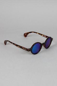 Horn Rim Mirrored Lens Sunglasses