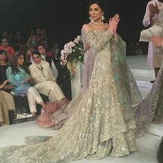 Republic by Omar farooq. LOVE the floral organza dupatta! What a feminine collection. Pakistani Formal Dresses, Pakistani Outfits, Indian Dresses, Indian Outfits, Pakistani Clothing, Indian Wedding Sari, Pakistani Bridal Couture, Dulhan Dress, Asian Bridal