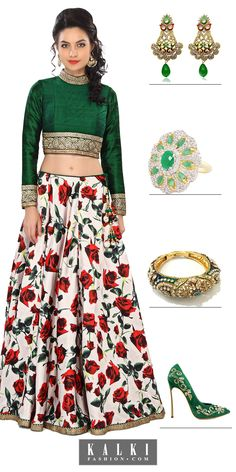 Big floral prints on the lehenga are neither too gaudy nor too simple for the wedding function. Floral prints are trend-setters this season, flaunt the florals!