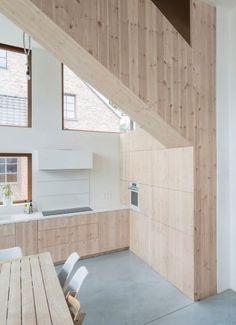 complexe binnenruimte in witte rechthoek architect tim peeters nieuwbouw kubus