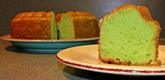 Everyone loves dessert. A Guam island favorite is Pistachio cake. Here is a great tasting recipe from one of our friends. And it is so easy. Cake Mix Recipes, Baking Recipes, Dessert Recipes, Desserts, Moist Yellow Cakes, Yellow Cake Mixes, Pistachio Pudding, Pistachio Cake, Chamorro Recipes