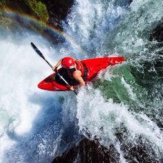 Me flying through rainbows at Steelhead Falls, Oregon [OC] White Water Kayak, Kayak Adventures, Outdoor Adventures, Water Modeling, Cycling Art, Cycling Quotes, Cycling Jerseys, Whitewater Kayaking, Canoeing