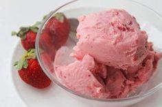 Παγωτό φράουλα!! Πανεύκολο!! ~ ΜΑΓΕΙΡΙΚΗ ΚΑΙ ΣΥΝΤΑΓΕΣ