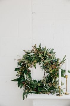 An iconic home decor feature at Christmas time the classic wreath can be tailored to your own colour and style preferences when you make it yourself. Christmas Stage Design, Cosy Christmas, Natural Christmas, Rustic Christmas, Christmas Time, Christmas Minis, Simple Christmas, Christmas Greetings, White Christmas