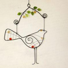 Ptáček v jeřabinách