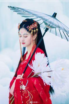 Chinese Culture, Chinese Art, China, Chinese Clothing Traditional, Warrior Girl, Cosplay, Hanfu, Ao Dai, Life Is Beautiful