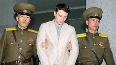 """Quindici anni di lavori forzati in Corea del Nord per aver rubato del materiale di propaganda: Otto Warmbier, 21enne studente degli Stati Uniti, era stato arrestato il 22 gennaio.    L'uomo era accusato di essere entrato nel Paese """"in veste di turista con lo scopo di condurre attività criminali contro lo Stato, con la tacita connivenza del governo degli Stati Uniti e sotto la sua manipolazione"""", come si legge nell'atto d'accusa.    Ha confessato di aver rubato uno striscione propagandistico…"""