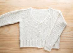 Crochet Cardigan Pattern, Crochet Patterns, Double Crochet, Single Crochet, Linen Stitch, Moss Stitch, Modern Crochet, V Neck Cardigan, Crochet Videos